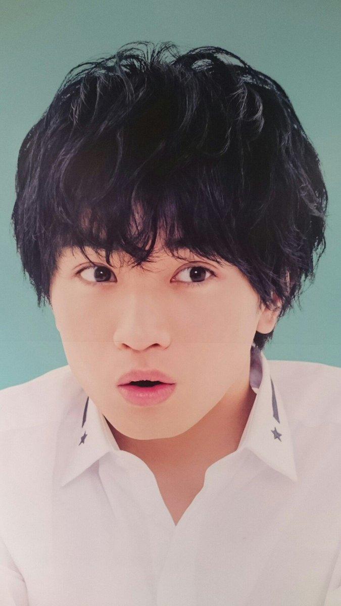 びっくり顔の中島健人