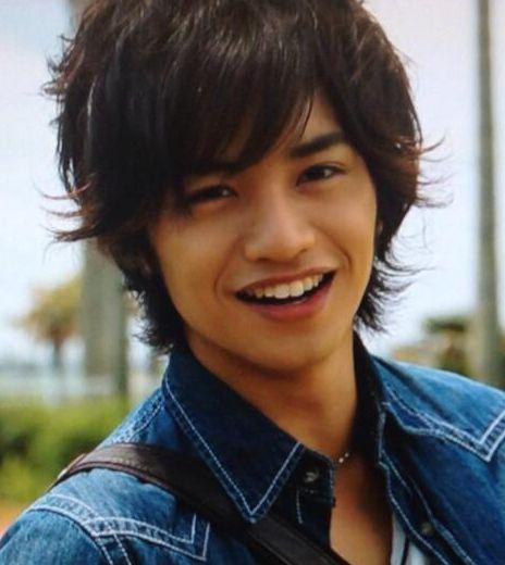 笑顔がキラキラしている中島健人
