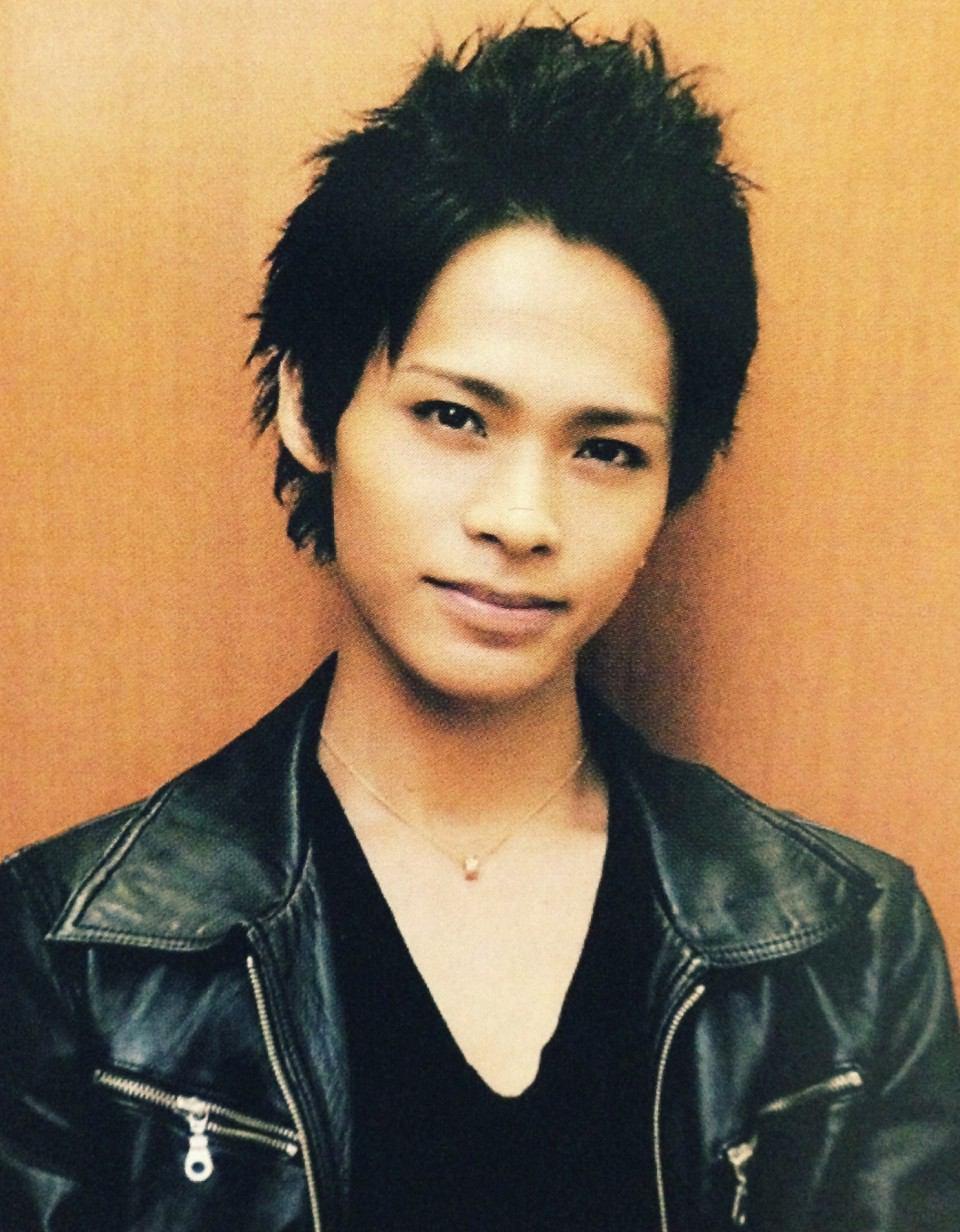 若いころのKAT-TUNの上田くん
