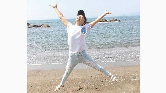 海でのびのびと!華原朋美さん
