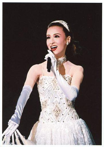 白いドレス、宝塚の檀れいさん