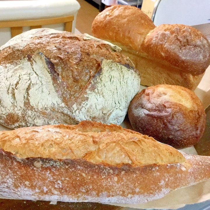 富山県富山市のパン屋さん、ふっ蔵パン屋 かくれんぼ