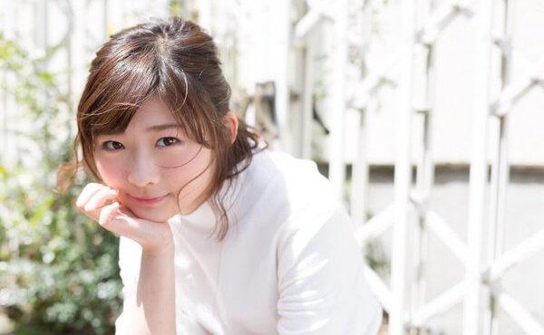 透き通るような色白の肌でとてもかわいい伊藤沙莉さん