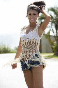 水着の上に服を着るダレノガレ明美