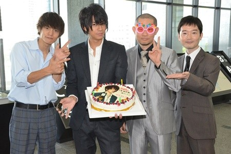 「僕たちがやりました」の三浦翔平さん、今野浩喜さん、中村靖日さんと一緒の窪田正孝さん。仲がよさそうですね。