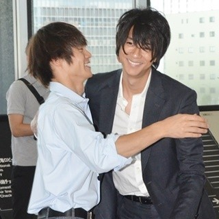 「僕たちがやりました」の飯室と一緒の窪田正孝さん。ドラマではまず見られない笑顔の2ショットです。