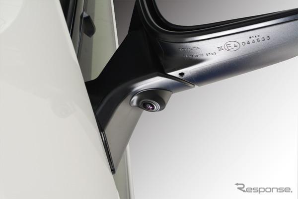 アルファードのミラー。インテリジェントパーキングアシストにより超音波センサーとカメラを使って駐車スペースを使って検知します。