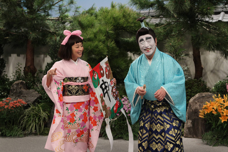 バカ殿様に扮する志村けんさん。優香さんが出演しています。かつては共演することが多かった2人です。