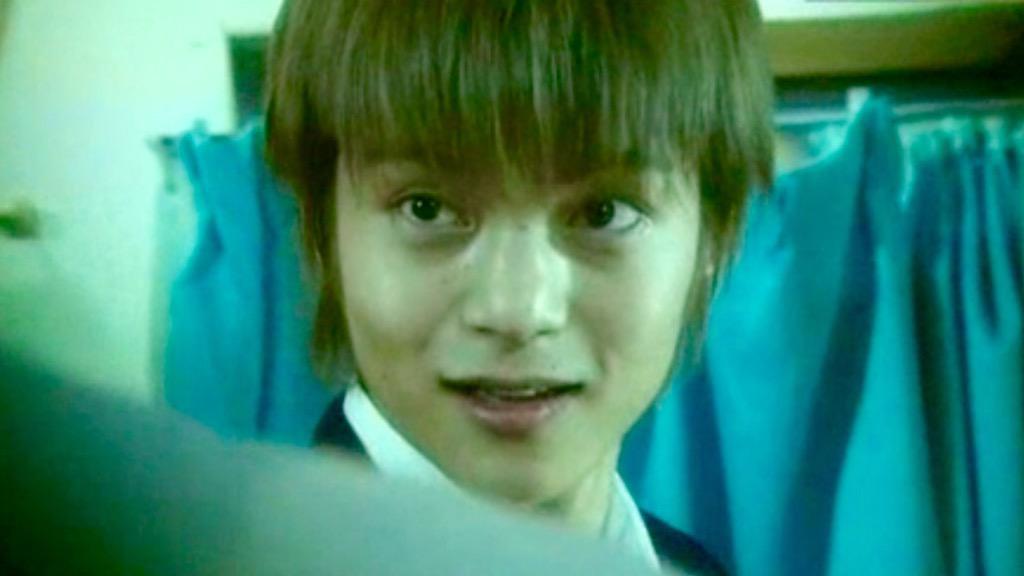 貴重な金髪の窪田正孝さん。とたんにやんちゃな雰囲気になりますね。
