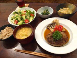 豆腐ハンバーグポン酢ソースの献立