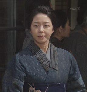 着物姿の堀内敬子