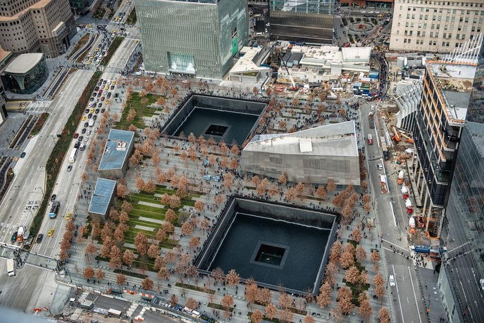 2001年9月11日に起きた同時多発テロ事件の犠牲者、そして、1993年2月26日に起きたワールドトレードセンター爆破事件の犠牲者の追悼を目的としたメモリアルです。
