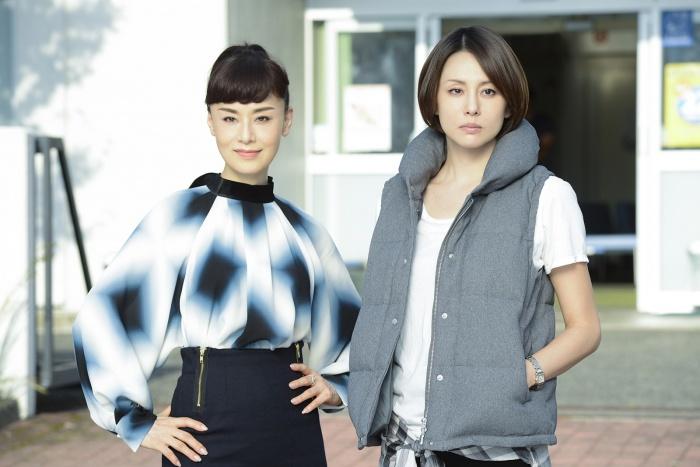 「ドクターX〜外科医・大門未知子〜」で主演を果たした米倉涼子さん。第5シリーズでは大地真央さんと共演しました。