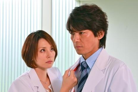 「ドクターX〜外科医・大門未知子〜」で主演を果たした米倉涼子さん。米倉涼子さんをはじめ豪華な共演人にも注目が集まりました。