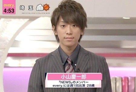 「news every.」の顔になりつつある小山慶一郎さん。出演開始当時はまだやんちゃっぽい印象でした。