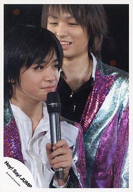 ライブ中の知念侑李さん。美少年フェイスに酔いしれますね。