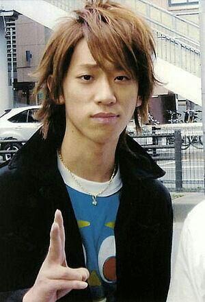 ワイルドな雰囲気の小山慶一郎さん。韓国語が話せるし、手話も出来ます。