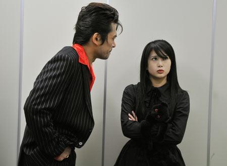 映画「悪夢のエレベーター」に出演した佐津川愛美さん。ゴスロリ少女「カオル」を演じます。
