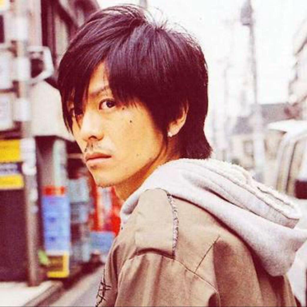 髪の毛を降ろした森田剛さん。いつもより大人しく見えるギャップがたまりません。