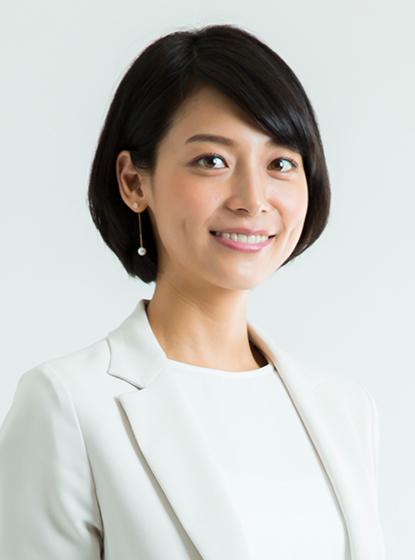 黒髪ボブが知的な相武紗季さん。お父さんは開業医だそうです。お嬢様ですね。