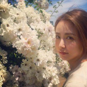 お花と神室舞衣