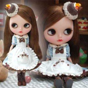アリス風ワンピのブライス人形
