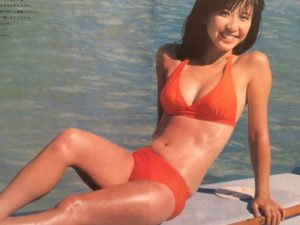 オレンジ水着の大場久美子