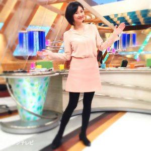 ピンクコーデの菊川怜