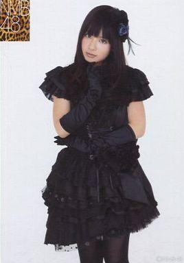 NMB48時代の山田菜々さん。ゴスロリ風の衣装もばっちり着こなしています。