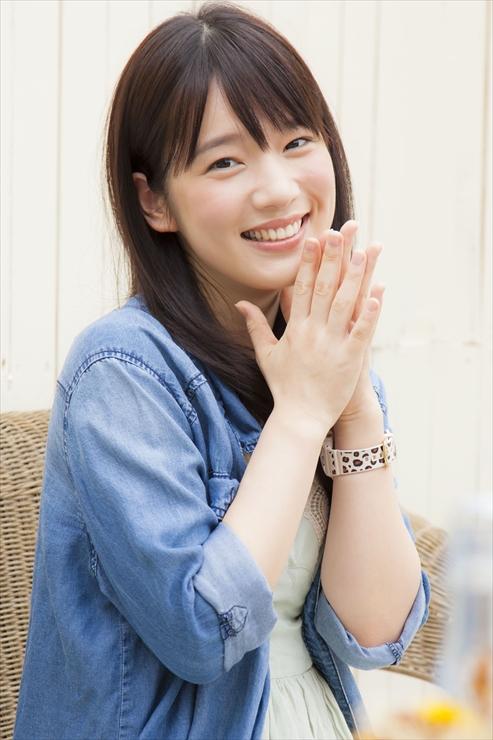 女子高生スタイルの坂本真綾さん