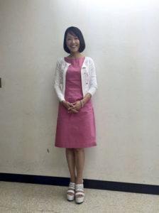 ピンクワンピの羽田美智子