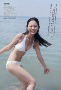 爽やか白水着の工藤綾乃