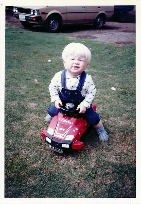 粕谷幸司の幼少期の写真!高画質な画像です。